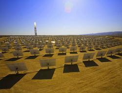 Ежегодный объем внутреннего спроса на гелиоэлектроэнергетические мощности в КНР составляет около 500 тыс. кВт