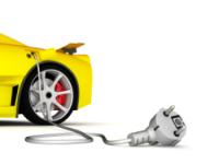 GM и Nissan начали поставки в США первых массовых электромобилей