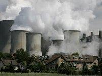 Япония будет выполнять обязательства по сокращению выброса парниковых газов