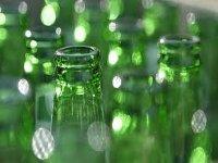 Правительство собирается запретить вторичную переработку стеклянных бутылок