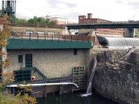 США: город Берлингтон перешел полностью наэлектроснабжение отвозобновляемых источников энергии