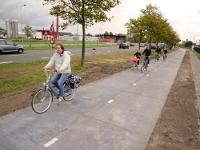 В Голландии тестируют инновационное покрытие для велодорожек