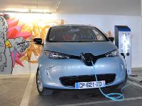 За переход на электромобиль во Франции будут платить 10 тыс. евро