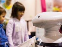 Встоличных экоцентрах могут появиться роботы «Экобоксы»