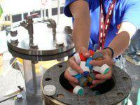 Житель Екатеринбурга научился делать нефть измусора