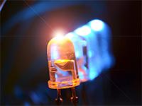 Правительство обязало естественные монополии увеличить долю светодиодов к2020году до75%