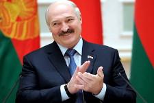 Лукашенко поручил создать вБелоруссии электромобиль науровне электрокара Tesla