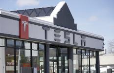 Tesla ведет переговоры опостройке завода вШанхае