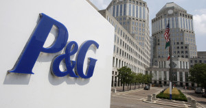Procter & Gamble запускает вРоссии продажу Fairy вбутылке изокеанического пластика