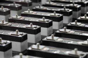 Сырье изпереработанных литий-ионных аккумуляторов впервые поставлено заказчику