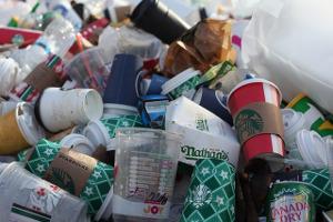 Женева говорит нетодноразовому пластику