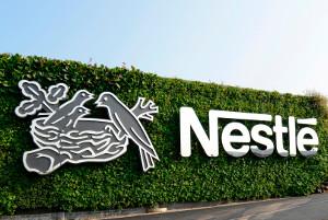 «Нестле» подписала Европейский пакт опластике, подтвердив обязательство посокращению использования первичного пластика наодну треть