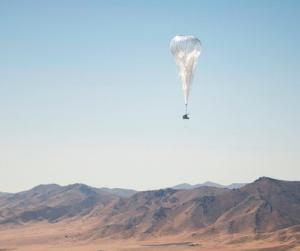 ВКении воздушные шары насолнечных панелях раздают интернет