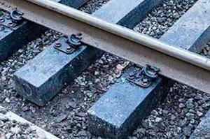 Минстрой увеличит спрос наполимерные шпалы ижелезнодорожные рельсы