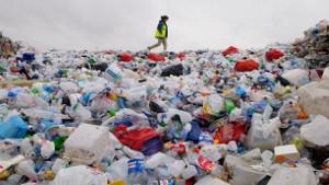 Coca-Cola, PepsiCo иNestlé третий год становятся главными пластиковыми загрязнителями планеты