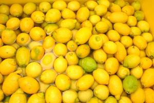 Danone будет производить йогурты изсписанных некрасивых фруктов