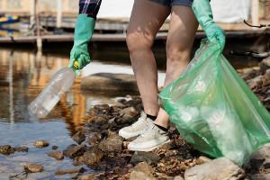 Раздельный сбор отходов иуборка берегов водных объектов отмусора обсуждены вМинприроды России