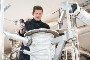 Ученые ТПУ разработали технологию получения водорода изтвердых отходов— опилок, шлама ирезины