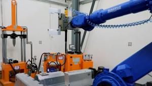 ORNL демонстрирует роботизированную переработку батарей электромобилей