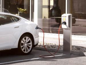 Россия намерена выпустить 730 тыс. электромобилей в2022–2030 гг.