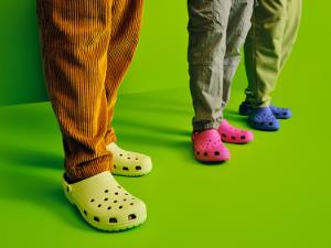 Crocs представляет новый биоматериал Croslite™